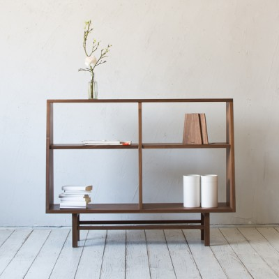 bookcase wide (walnut)