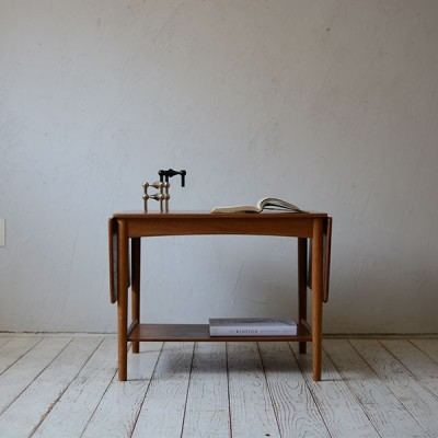 Hans J. Wegner Side Table AT32 D-811D208